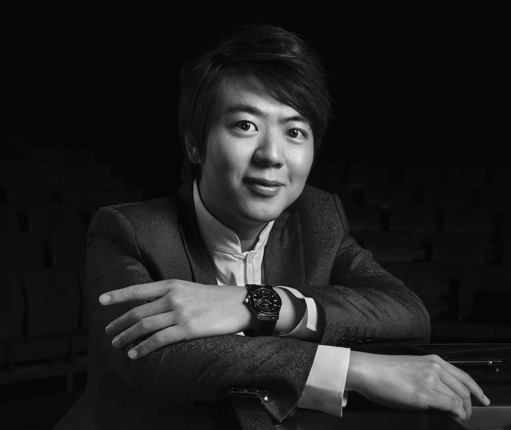 Lang Lang wearing the Hublot Classic Fusion Ceramic Ultra-Thin Lang Lang