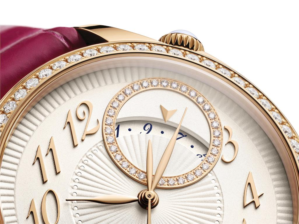 Close up of the Vacheron Constantin Égérie self-winding model that has a date indicator.
